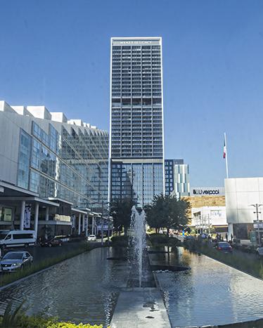 Hotel Hyatt Regency dentro del complejo Andares, ideal para los viajes de negocios.
